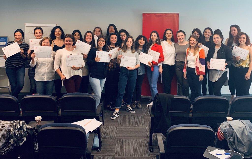 E-ticaret Kadınları Projesi, İş Hayatına Dönmek İsteyen Kadınlara Destek Verdi