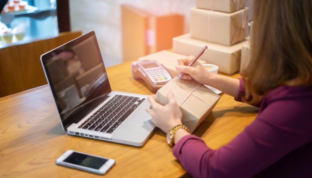 Online iş yapmak isteyenlere e-ticaretin sağladığı avantajlar