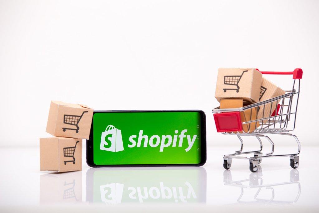 IdeaSoft ile Shopify Karşılaştırması